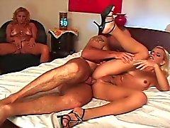 Tranny & mature woman share cock