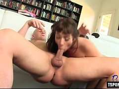 Hot shemale hardcore and cumshot