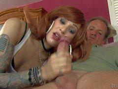 Babe in spex pulls till she gets cumshot 2