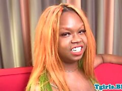 chubby black tranny tugging in closeup