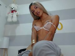 Tanned hot tranny trap masturbating her cock on webcam