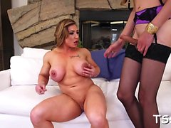 Amazing tranny finds some fun for one-eyed monster